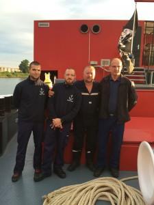 Maxime Fuchs-Kuhn et Jérôme Hensel (référents techniques), Thierry Romilly (officier CRERF) et Damien Martz (pilote du bateau-pompe EUROPA 1)