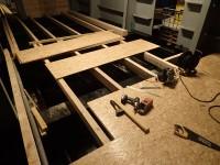 Pose du plancher en panneaux OSB
